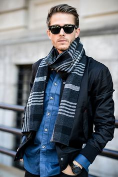 mens-scarf-outfit-ideas-24