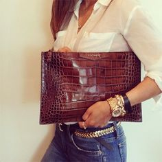 outfits-with-a-clutch-purse-16