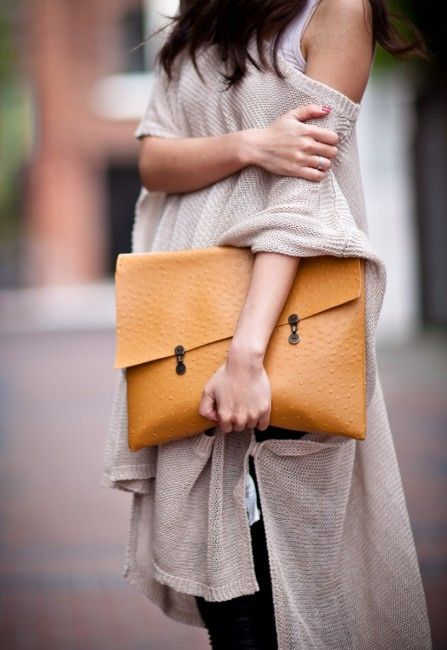 outfits-with-a-clutch-purse-17