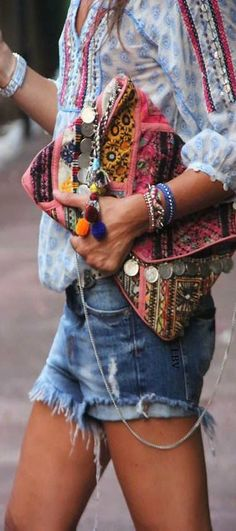 outfits-with-a-clutch-purse-5