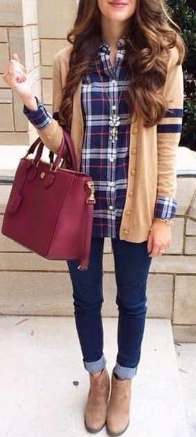 plaid-shirt-outfit-women-11