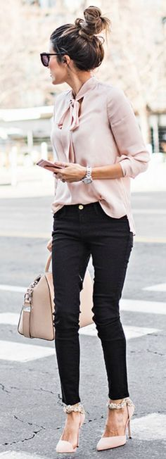 tunic-sweater-outfit-idea-women-1