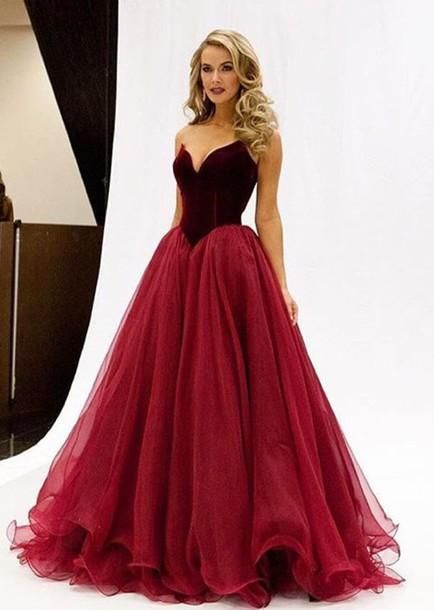 Mesmerizing Examples Of Long Gowns - Outfit Ideas HQ
