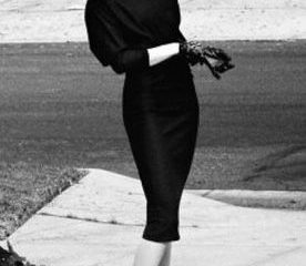 what to wear to a funeral: women's guide