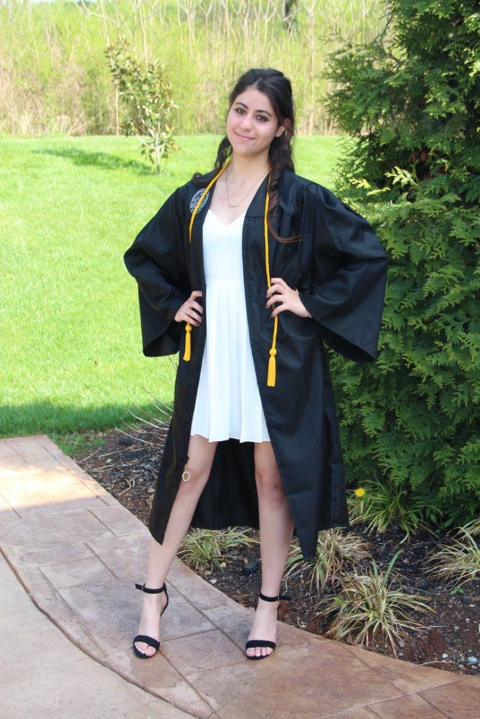 what to wear in graduation gown