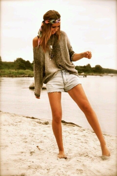 Find and save ideas about Beach outfits on Pinterest. | See more ideas about Summer beach outfits, Cute beach outfits and Beach fashion. Just a simple fluorescent jump suit on a pink looks comfortable fits nice on the girl. Beach outfits and dresses have their own stand out tall importance in the fashion industry since it has gain some cool.