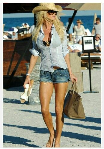 beach outfit with shorts 3