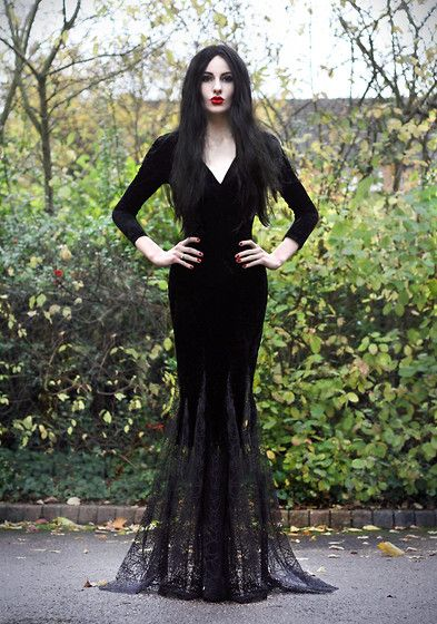 fun and stylish halloween outfit ideas